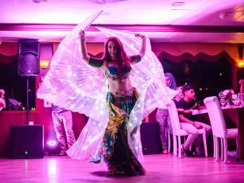 Istanbul: Bosporus Dinner-Kreuzfahrt mit Show