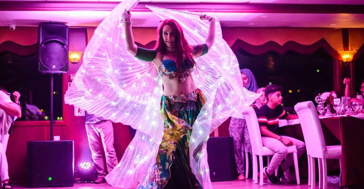 Istambul: Cruzeiro pelo Bósforo com Jantar e Entretenimento