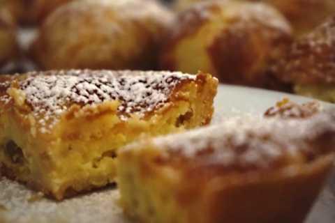 Naples: 3.5-Hour Street Gourmet Tasty Tour
