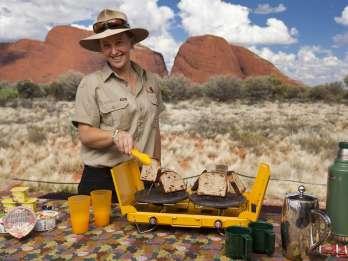 Kata Tjuta: Sonnenaufgangstour in kleiner Gruppe mit Picknick-Frühstück