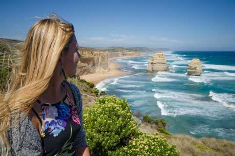 From Melbourne: Great Ocean Road Reverse Experience