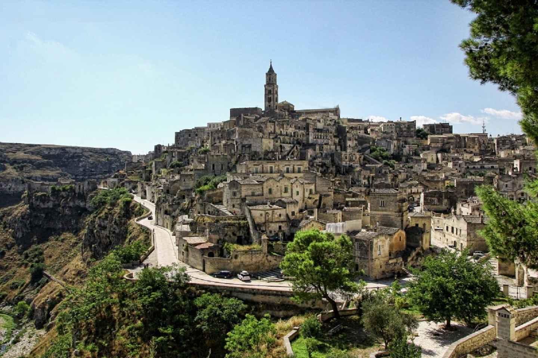 Ab Bari: Tagestour nach Matera
