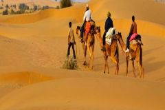 Jaisalmer Private City Tour com Safari Camel no Deserto