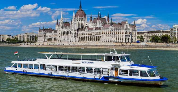 Budapest: Sightseeing-Bootsfahrt auf der Donau mit Livemusik
