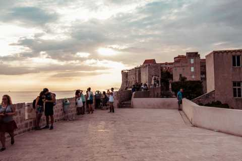 Dubrovnik: Old Town & City Walls 2 Walk Combo Ticket