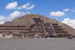 Excursão Teotihuacan, Praça das Três Culturas e Acolman