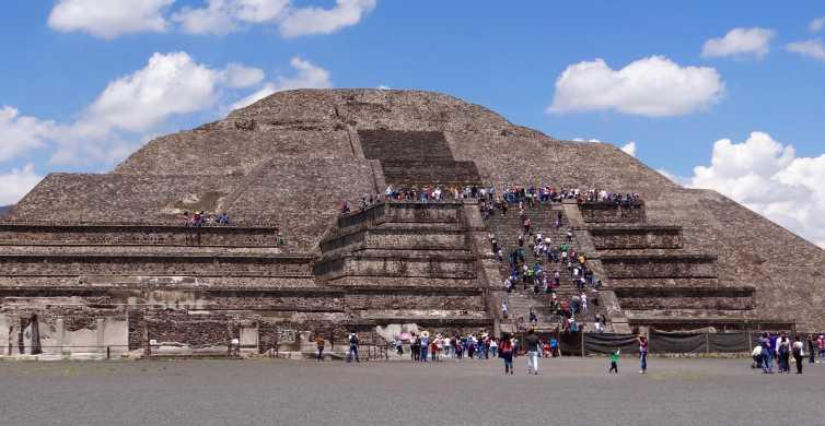 Teotihuacán, Plaza de las Tres Culturas, and Acolman Tour