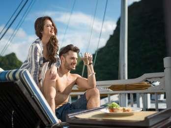 Halong-Bucht: Luxuriöse Tagestour auf Paradise Explorer Boat