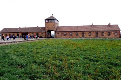 Auschwitz Birkenau Tour with Hotel Pick-Up & Klezmer Concert