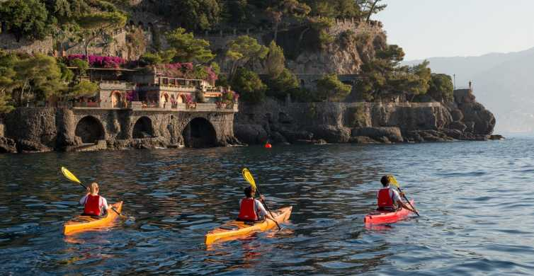 Easy Kayak Tour to Portofino with Optional Snorkeling