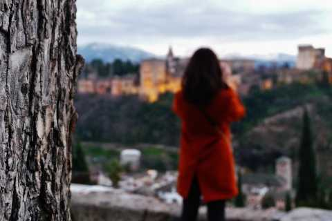 Albayzin and Sacromonte Private Tour at Sunset