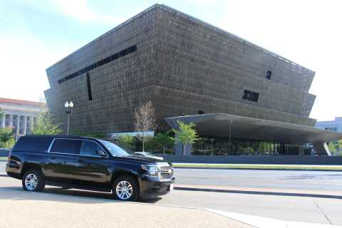 Washington DC: Multilingual Private Day or Evening SUV Tour