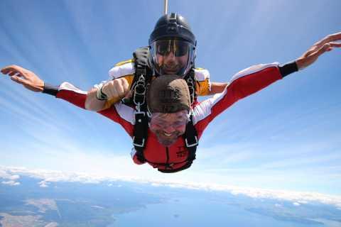 Taupo Tandem Skydive with Rotorua Transfer