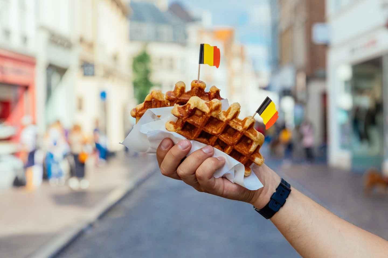 Brügge: Private Kulinarische Tour mit 10 Verkostungen