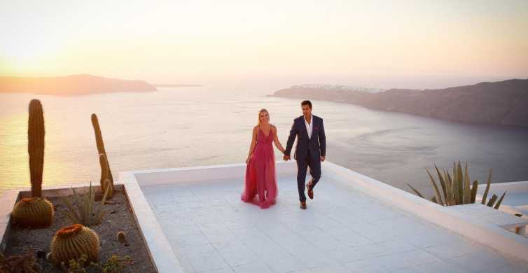 Santorini: Photo Shoot with a Private Vacation Photographer