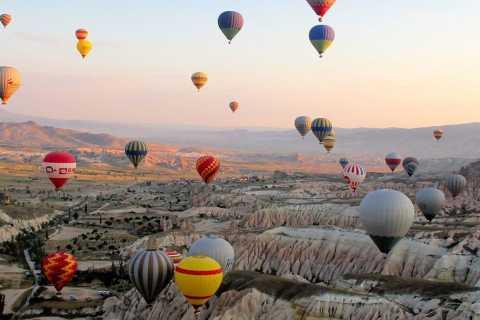 Каппадокия: полет на воздушном шаре на восходе солнца