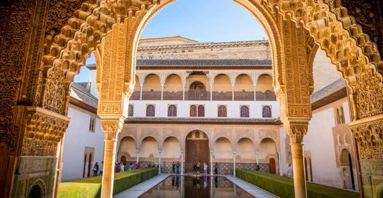 Alhambra Full Day From Málaga Nasrid Palaces Included