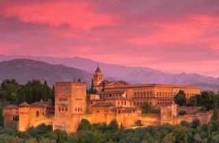 Alhambra: Nasridenpaläste & Generalife mit Audioguide