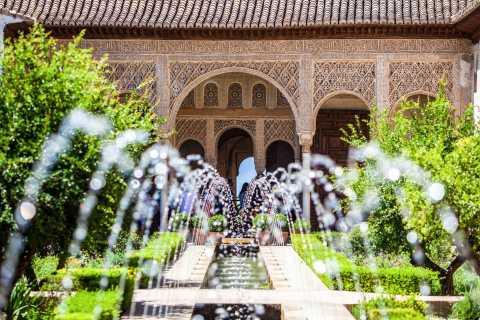 Granada: Alhambra und Generalife-Ticket mit Audioguide