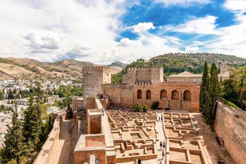 Granada: Alhambra & Generalife Ticket with Audio Guide