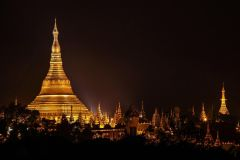 Yangon by Night: Mercados, Bar na cobertura e Shwedagon