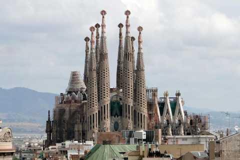 Sagrada Familia Zugangsturm und Segelerlebnis