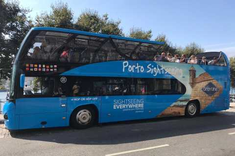 Porto: Hop-On/Hop-Off-Bus mit Bootsfahrt & Weinkeller-Option