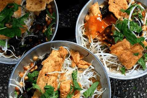 Ho Chi Minh: Street Food Tour and Dinner with the Locals