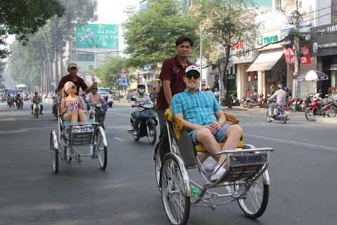 Ho Chi Minh City Cyclo Tour with English Speaking Guide