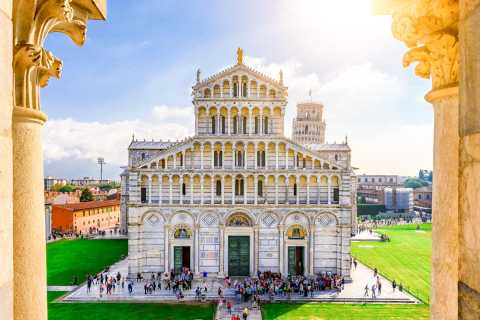Pisa Cathedral Guided Tour & Wine Tasting + Leaning Tower