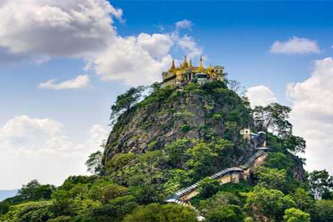 From Bagan: Mount Popa Day-Tour