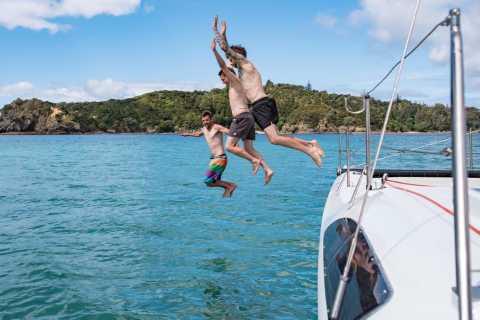 Bay of Islands 2-Hour Sundowner Evening Sailing Cruise