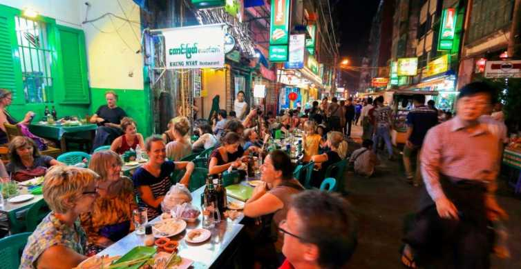 Yangon: Evening Streets by Night Food Walking Tour