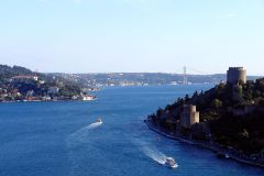 Istambul: Passeio de Barco no Bósforo c/ Guia Local
