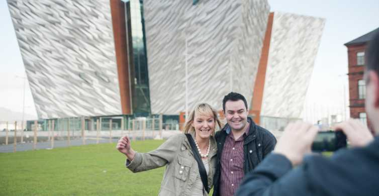 Full-Day Belfast & Giants Causeway Tour