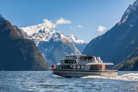 Milford Sound 2-Hour Small Boat Scenic Cruise