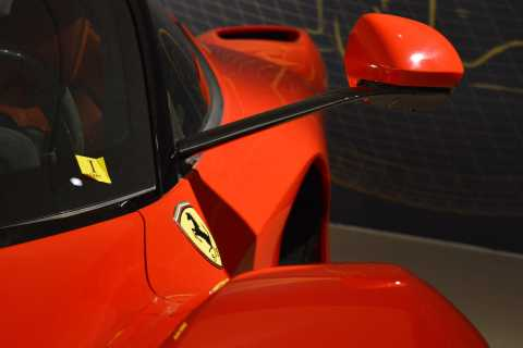 From Florence: Full-Day Food & Ferrari Tour