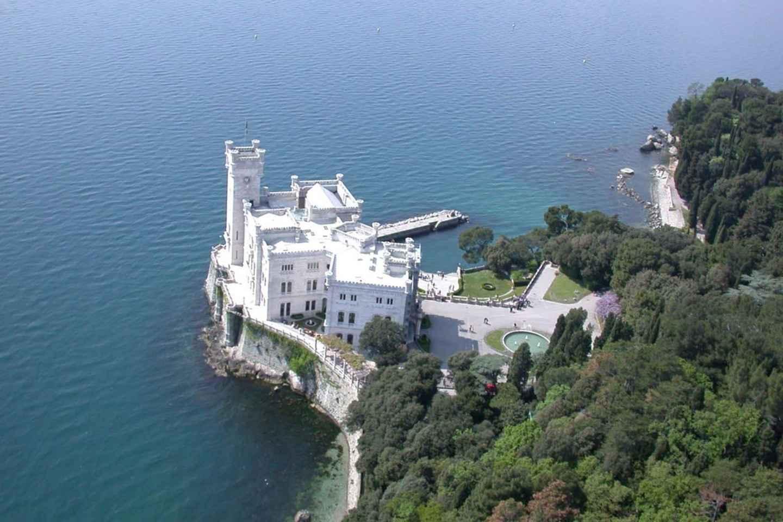 Triest: Panorama-Sightseeing-Tour und Schloss Miramare