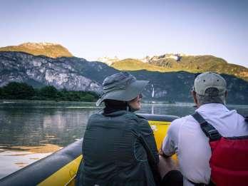 Squamish River: Scenic Twilight Float