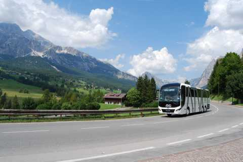 Direct Coach Venice Airport or Mestre to Cortina