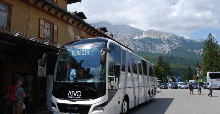 ヴェネツィア発コルティナ行き:高速バス サービス