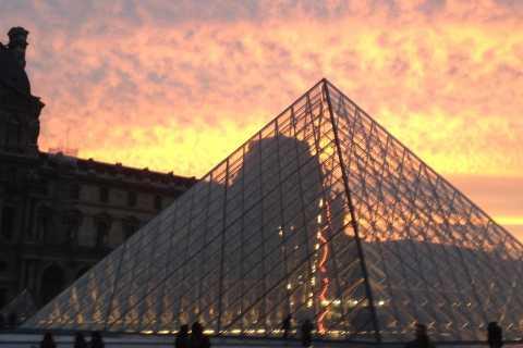 Christmas in Paris: Louvre, Champs Elysées & Arc de Triomphe