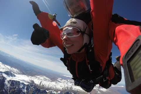 Queenstown: 12,000-Foot Tandem Skydive Above Southern Lakes