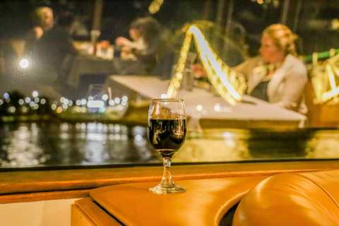 Cruzeiro com jantar no rio Perth Swan com bebidas e música ao vivo