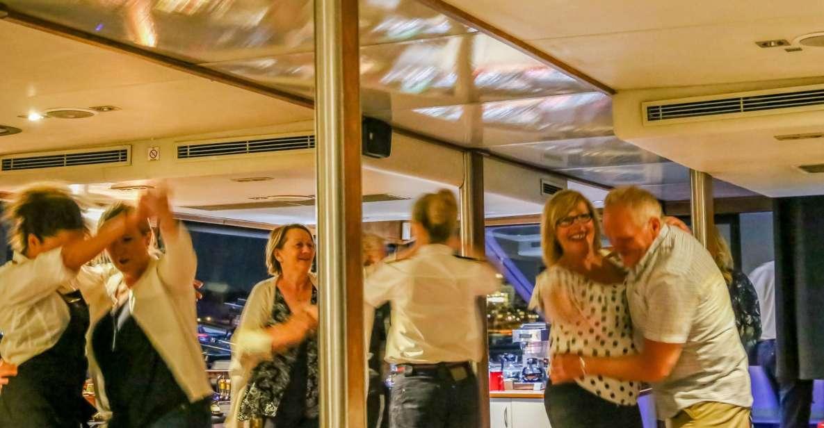 Crociera con cena sul fiume Perth Swan con bevande e musica dal vivo