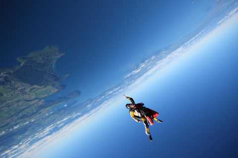 Taupo: 18,500-foot Skydive Experience