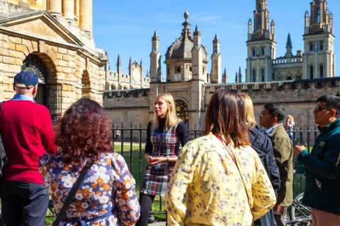 Oxford: University and City Walking Tour with Alumni Guide