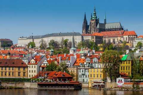 Prague: Private Tour of the Prague Castle Grounds
