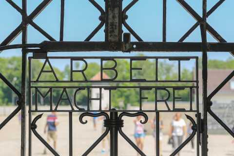 Da Monaco: tour di Dachau e poligono di tiro delle SS