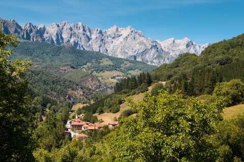Santander: Picos, Santo Toribio Monastery and Potes Day Tour